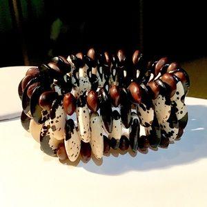 🌺 Bean Bracelet from Tanzania!